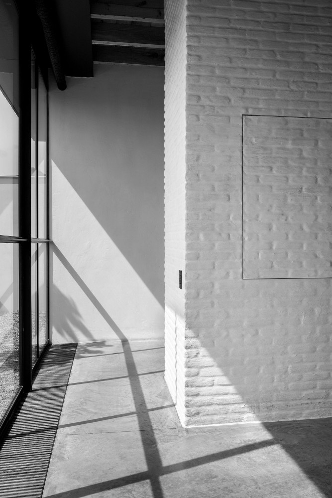 window at the apartment by graanmarkt 13. architecture by vincent van duysen. photography by frederik vercruysse