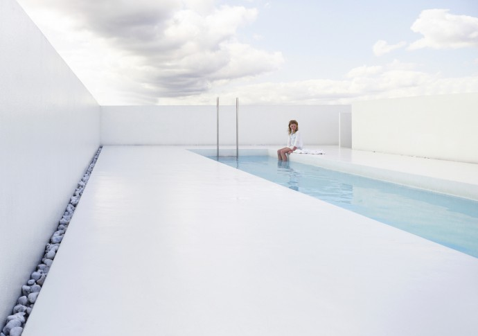 rooftop pool designed by dmva architects. photography by frederik vercruysse