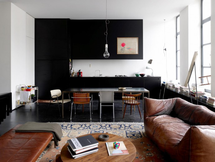 APARTMENT FREDERIC HOOFT