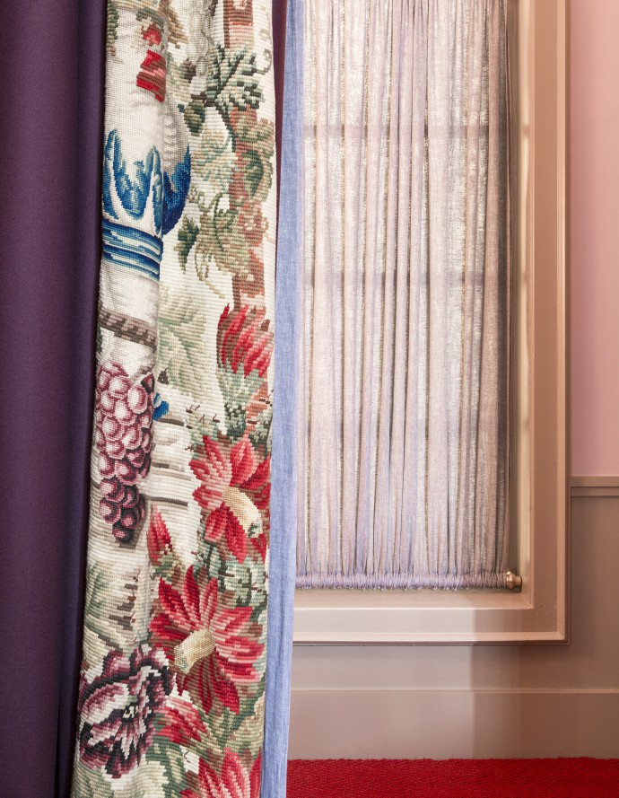 Floral curtain by Gert Voorjans. Photography by Frederik Vercruysse
